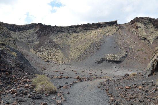 Volcan El Cuervo: DSC_0969_large.jpg