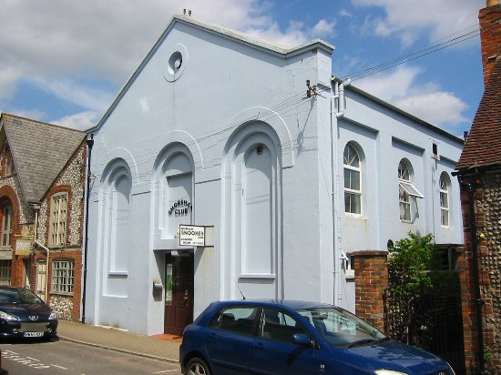 Shoreham-by-Sea, UK: Shoreham club exterior.