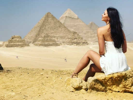 Egypt Tour Guide - Mina Samir