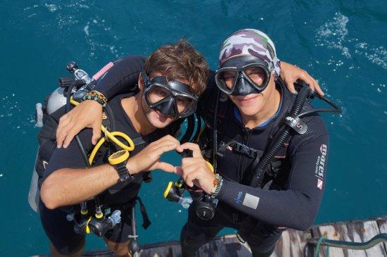 Amigos Divers Nha Trang