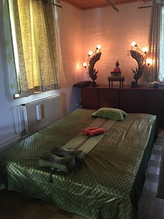 Reinach, Sveits: Orachorn Thai Massage & Spa