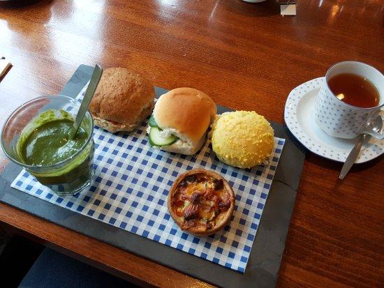Hillegom, Hollanda: Het hartige gedeelte