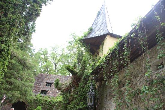 Bernried, Germany: Der Bereich zwischen Schloss und Restaurant Burgstall.