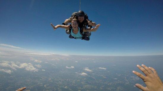 Triangle Skydiving Center Bild