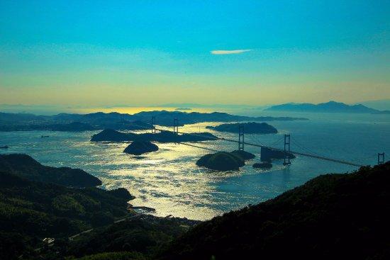 Mt. Kiro Observatory Park: 亀老山展望台から