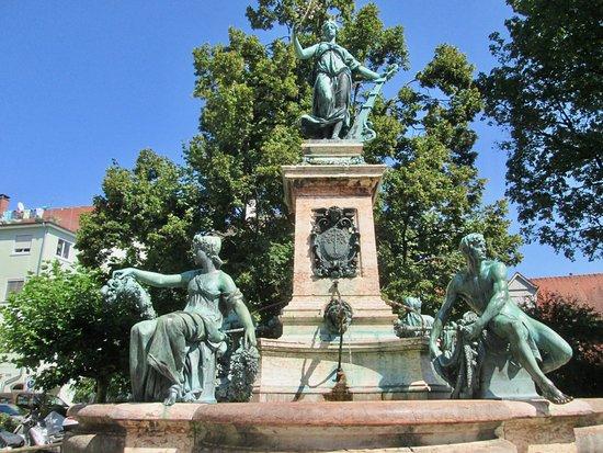 Lindavia-Brunnen