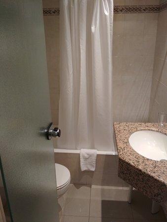 Hotel Ronda Figueres: TA_IMG_20170902_152659_large.jpg
