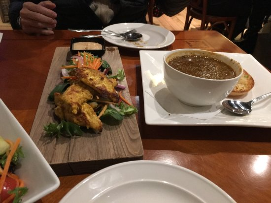 Deloraine, Australia: ボリュームのあるスープ。二人でシェアーするといい