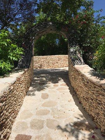 Governor's Harbour, Eleuthera: photo2.jpg