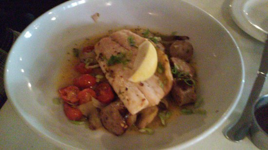 Olde Lincoln House: Rock fish