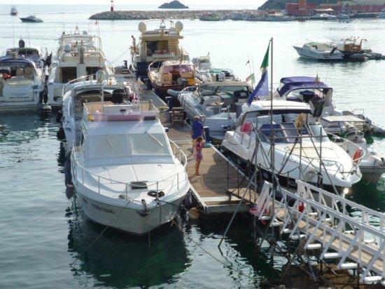 Gennarino a Mare: il pontile d'attracco