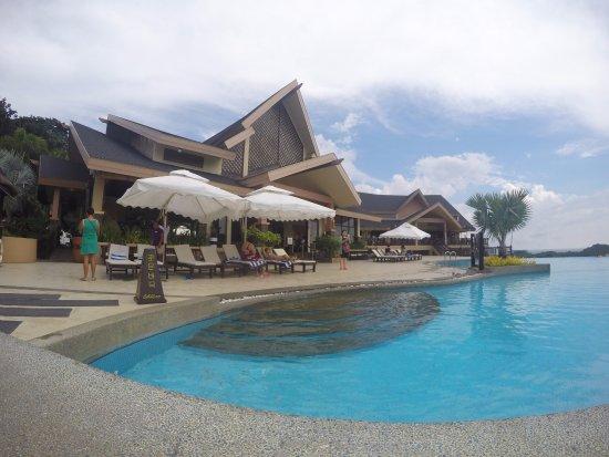 Alta Vista de Boracay: the lobby near the pool area