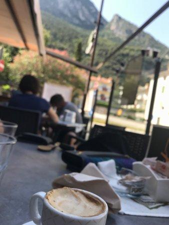 Cafe Tourist