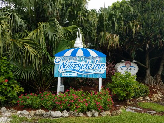 Waterside Inn on the Beach : Entrance
