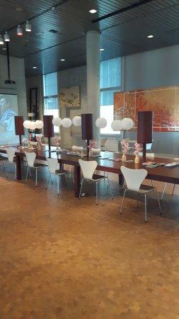 deel interieur museum cafe - Picture of Museum Volkenkunde, Leiden ...