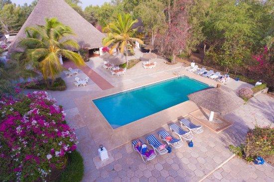 vue terrasse piscine picture of le pelican du saloum. Black Bedroom Furniture Sets. Home Design Ideas