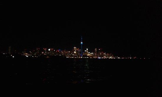 Gone Sailing Adventures: Toronto Skyline with Gone Sailing