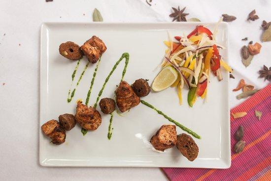 Indian Spice Company: Tandoori Mix Grill.