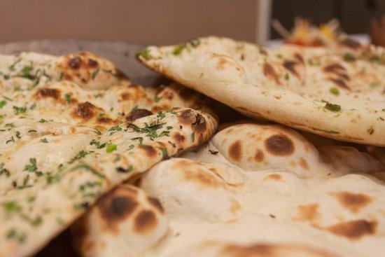 Indian Spice Company: Garlic & Coriander / Plain / Fresh Chilli naan bread.
