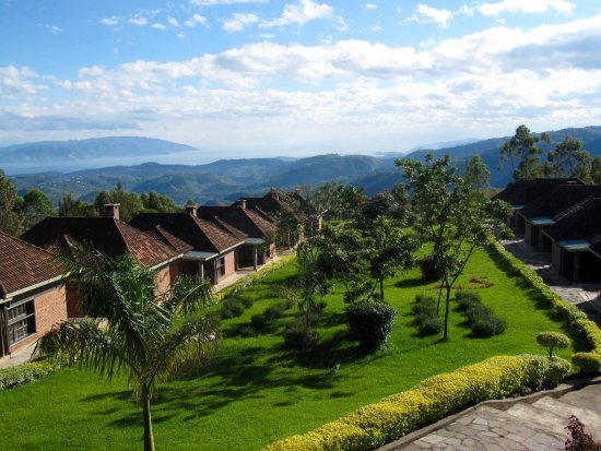 Gisakura, Rwanda: Looking down at the cabins from the main building