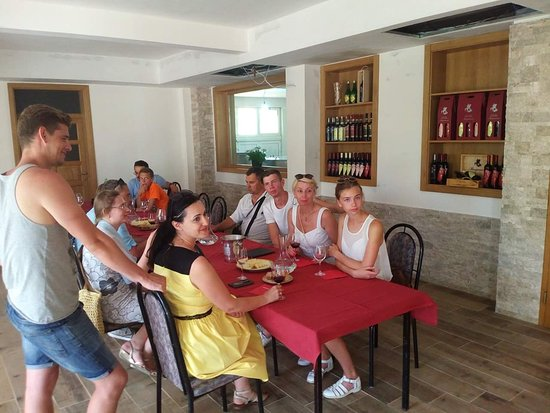 Citluk, Bosna Hersek: Wine tasting