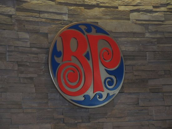 logo picture of boston pizza castlegar tripadvisor. Black Bedroom Furniture Sets. Home Design Ideas