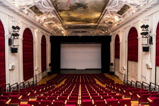 Le Garde-Chasse, Théâtre et Cinéma