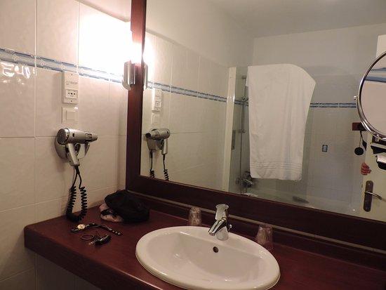 Hotel de la Plage : salle de bain