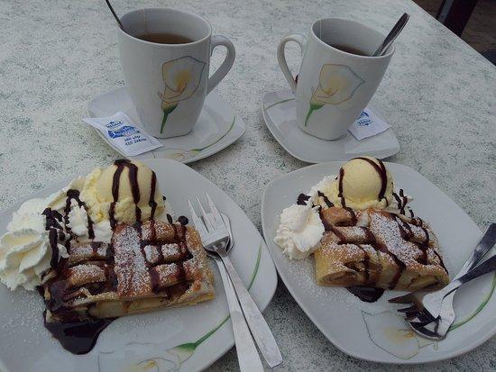 Hoyerswerda, Germany: Eiscafe Wagner