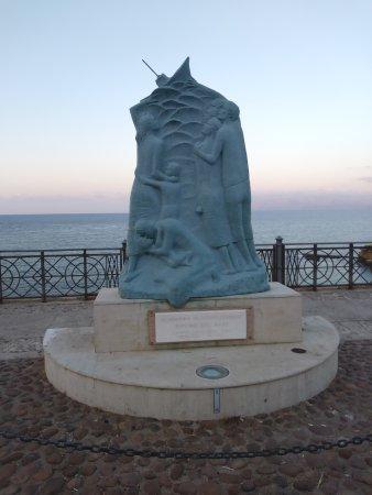 Monumento ai Dispersi Vittime del Mare