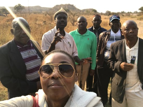 Limpopo Province, แอฟริกาใต้: Group pic on arrive in the bush