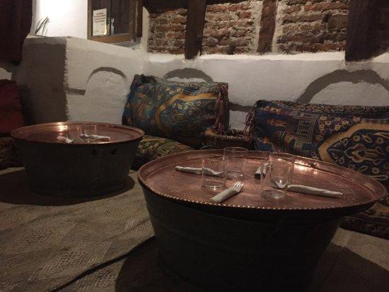 Excelente restaurante en la parte m s c ntrica del barrio for La cocina del desierto madrid
