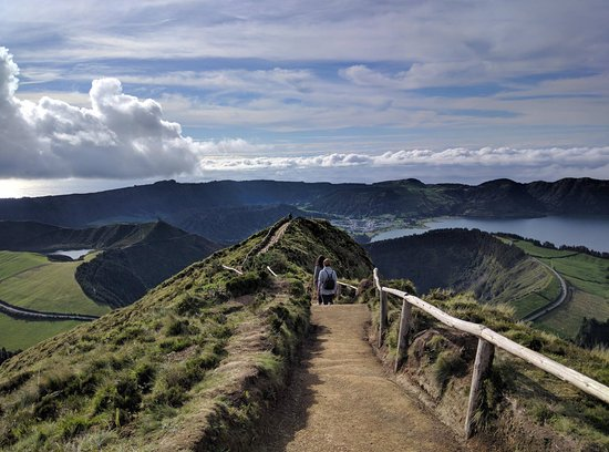 Into The Wild Azores Tours