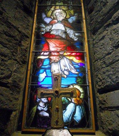 Athenry Heritage Centre: Una de las vidrieras que se conserva de la antigua iglesia anglicana.