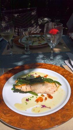 Casteil, France: hoofdgerecht vis