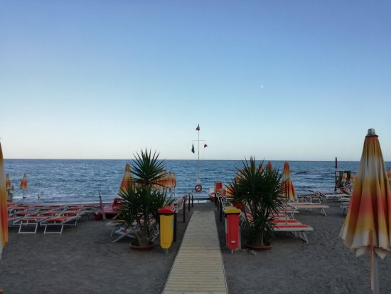 Borghetto Santo Spirito, Itália: IMG_20170901_184316_large.jpg
