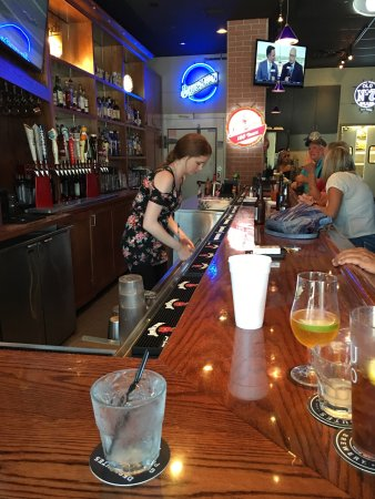 Mission, KS: The Bar