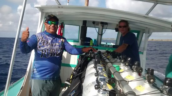 Kralendijk, Bonaire: Great dive instructor capitán and persone david