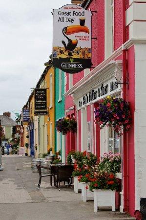Sean Collins & Sons Bar: 6efc79f7595a658e9a1874410481b452--adare-ireland-limerick-ireland_large.jpg