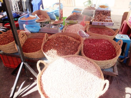مكناس, المغرب: Vendor stalls