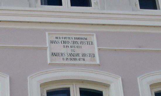 Rudkobing, Denmark: Brødrene Hans Christian Ørsteds og Anders Ørsteds fødehjem