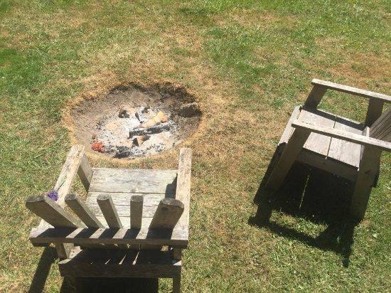 West Beach Resort: Site fire-ring