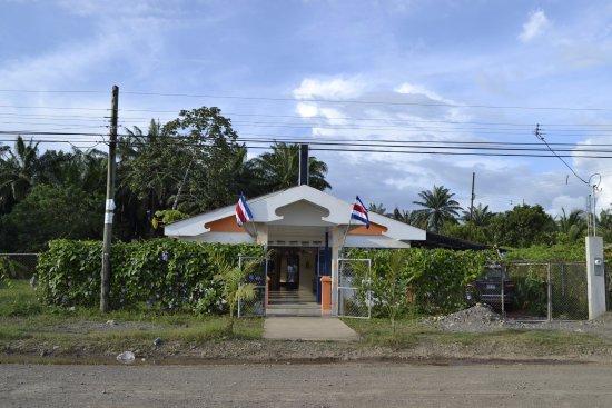 Parrita, Costa Rica: Frente del restaurante