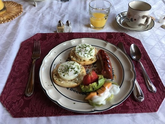 Elkwood Manor Bed & Breakfast : One of our delicious breakfasts