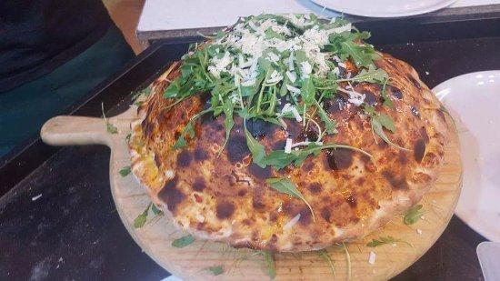 Province of Forli-Cesena, Italie : pizza VESUVIO