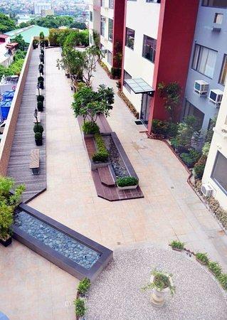 Ace Hotel & Suites: Jogging path