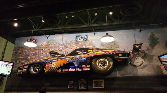 Quaker Steak & Lube - Colerain, OH