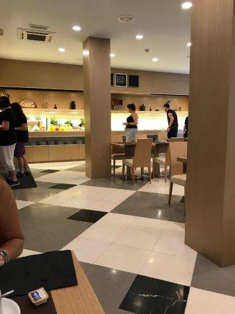 Hotel SERHS Rivoli Rambla: Lugar de desayuno