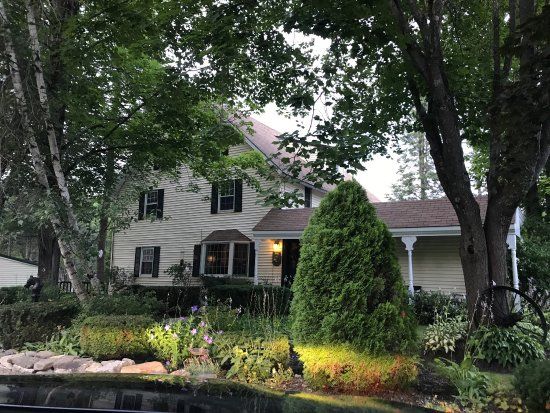 Shaker Farm Bed and Breakfast: For my first b&b, it was wonderful! Such a comfortable, clean place with incredible hospitality.