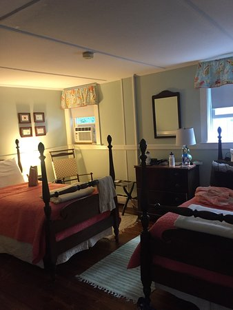 Newcastle Inn: Isle Au Haut room